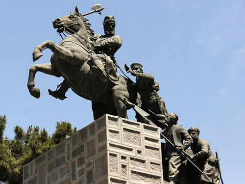 بنای یادبود نادرشاه مشهد